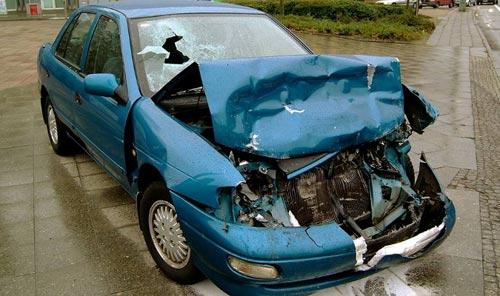 Як продати автомобіль після ДТП?